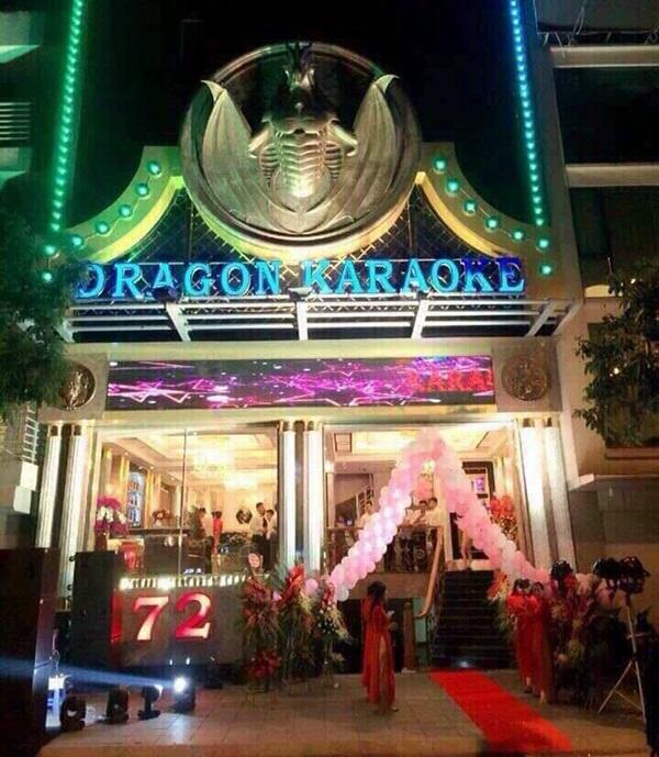 Mặt tiền karaoke Dragon 72 nguyễn Khang