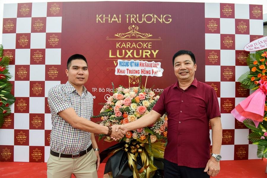 Pro sound Việt Nam dự khai trương karaoke Luxury
