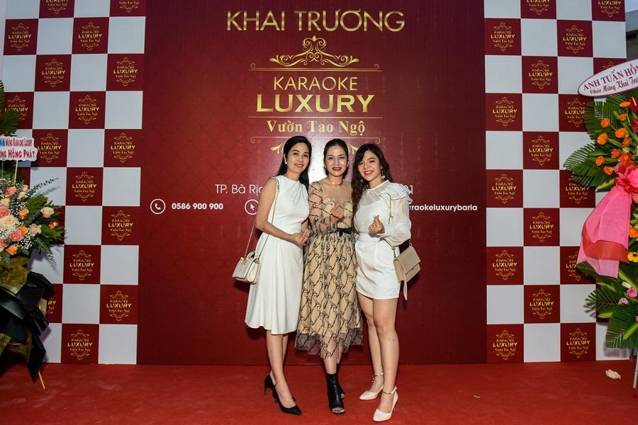 Tam ca 3CG mừng khai trương luxury