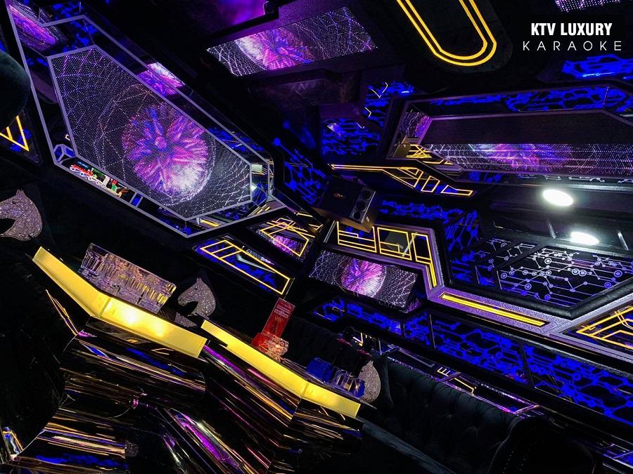 Phòng Vio 08 karaoke Luxury
