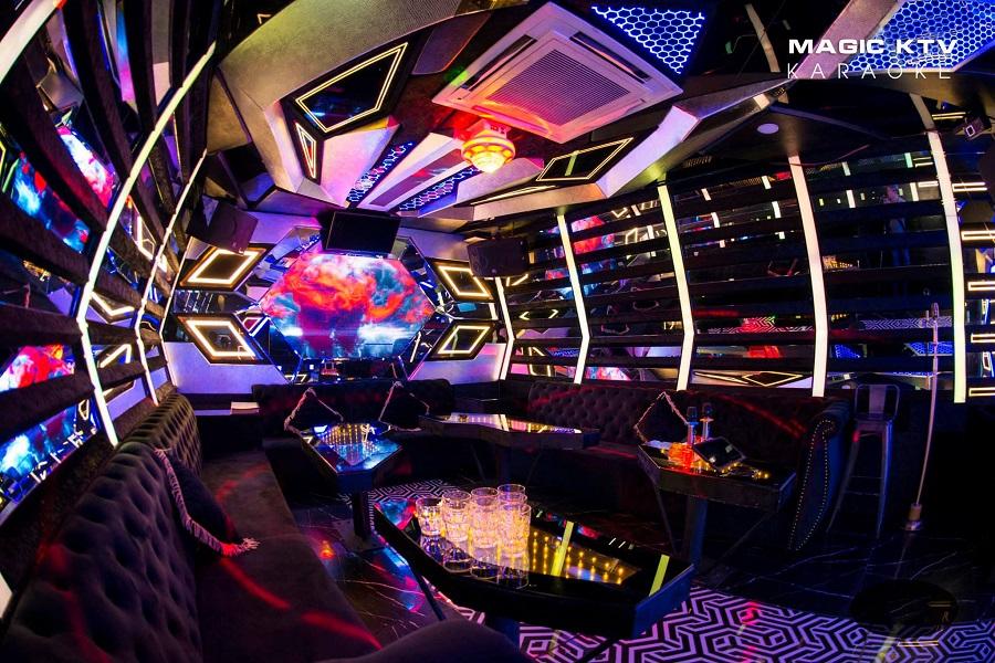 Phòng vip 28 karaoke Magic