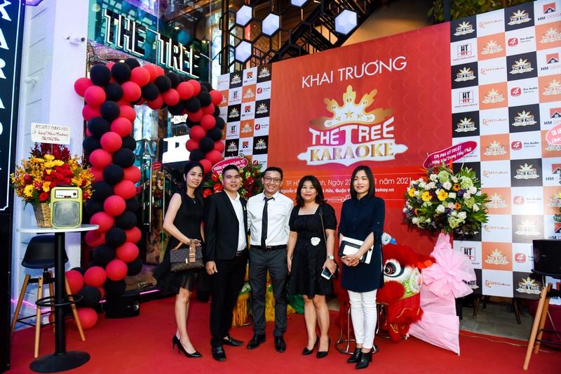 khai trương karaoke The Tree