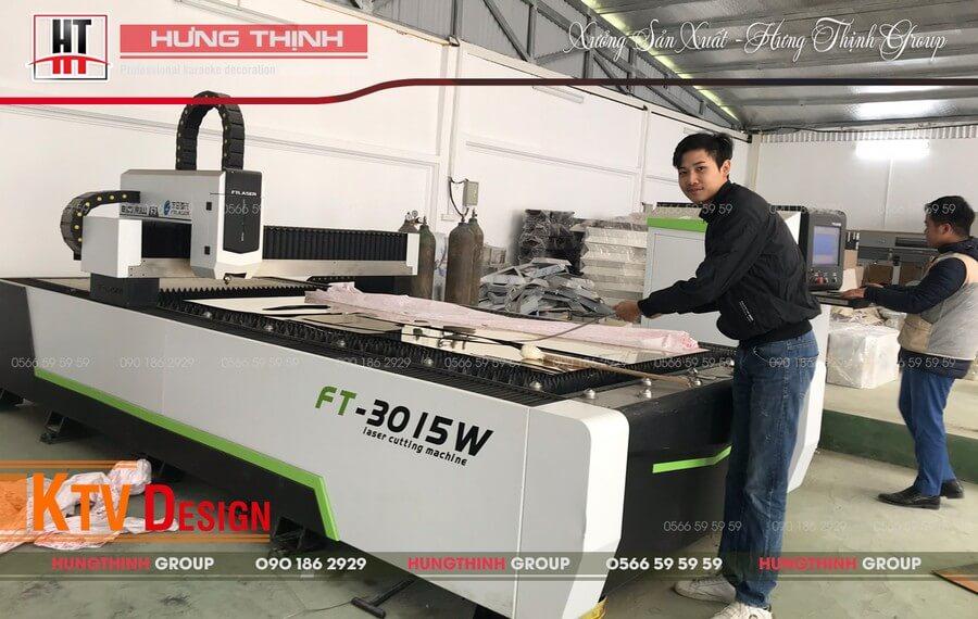 Máy fiber cắt inox tại Hưng Thịnh Group